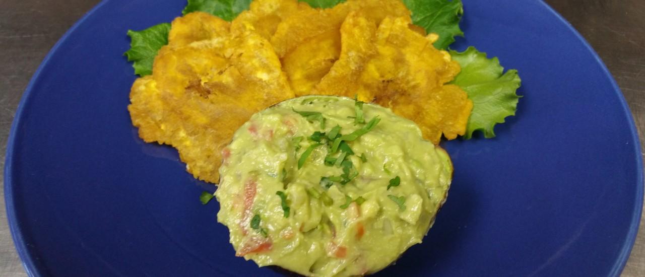 guacamole &tostones
